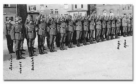 Soldiers taking the oath of allegiance to Hitler